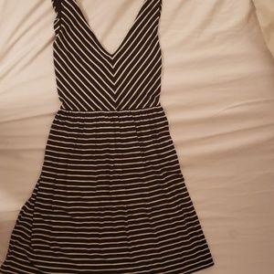 LOFT sexy black/white dress